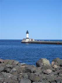 lighthouse Photo - Duluth, Minnesota. Watching the big ships come in here is very cool.