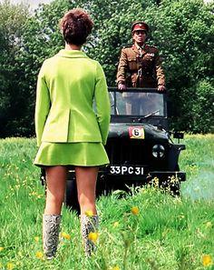 Linda Thorson as Tara King Avengers Women, Avengers Girl, New Avengers, Linda Thorson, Dame Diana Rigg, Tara King, Emma Peel, Vintage Ladies, The Avengers
