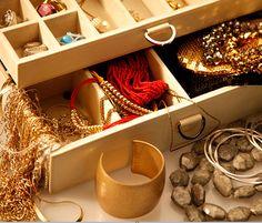 Conheça agora a linha de bijuterias e acessórios Juv&You! Perfeita para quem quer estilo com bom custo-benefício. Eu uso, curto, compartilho. E você?