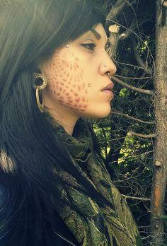 facial scarification