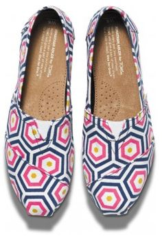 Bright Geometric Jonathan Adler for TOMS Women's Classics top Toms Shoes Sale, Toms Boots, Cheap Toms Shoes, Toms Shoes Wedges, Bootie Boots, Gray Toms, Black Toms, Kids Toms, Toms Classic