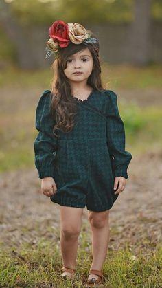 Cute Little Girls, Cute Kids, Cute Babies, Little Girl Fashion, Kids Fashion, Cute Baby Girl Pictures, Fancy Tops, Kids Dress Up, Cute Images