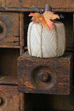 String spool pumpkin