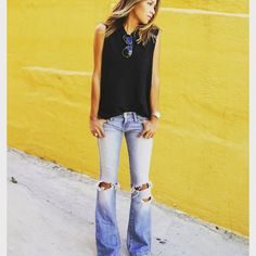 """""""For our dear customers who are asking! Yes we have Flare jeans  #flarejeans #skinnyjeans #boyfriendjeans #rippedjeans #highwaistedjeans #siwydenim…"""""""