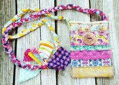 The Boho Gypsy bag is hand-made. The strap is braided fabric and long enough for cross-body wearing. There is 1 snap for... Easy Yarn Crafts, Yarn Crafts For Kids, Animal Crafts For Kids, Crafts For Teens, Crafts To Sell, Diy Crafts, Garden Crafts, Resin Crafts, Gypsy Bag