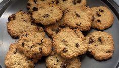 GALLETAS DE AVENA Y PASAS Coco, Cookies, Desserts, Oatmeal Raisin Cookies, How To Make Cookies, Cake Recipes, Tortilla Pie, Foods, Treats