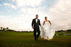 Country Club wedding. Bride and Groom Golf Course Picture