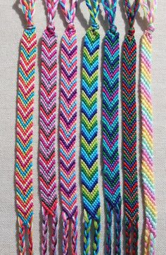 Chevron Friendship Bracelet/Candy Stripe Bracelet/String Bracelet/Woven Bracelet… Chevron Friendship Bracelet/Candy Stripe Bracelet/String Bracelet/Woven Bracelet – Inspiration – The post Chevron Friendship… Yarn Bracelets, Embroidery Bracelets, Bracelet Knots, Bracelet Crafts, Cute Bracelets, Gold Bracelets, Knotted Bracelet, String Bracelets, String Bracelet Designs