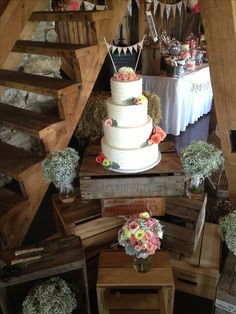 Country wedding cake on wooden crates Wedding Vows, Our Wedding, Dream Wedding, Wedding Things, Wedding Stuff, Country Wedding Cakes, Wooden Crates, Cake Table, Vintage Decor