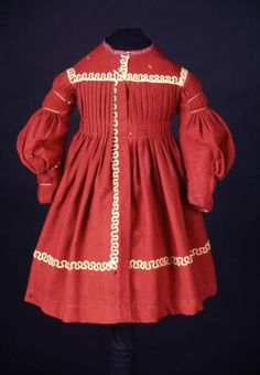 Boy's dress, 1836-9, American. Victorian Children's Clothing, Antique Clothing, Couture Main, Vintage Kids Fashion, Vintage Dresses, Vintage Outfits, Period Outfit, Classic Outfits, Fashion Fabric
