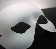 Adult Half  Face Blank White Masks     $3  each / 6 for $2.50 each