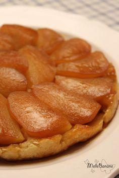 Quand j'étais au collège j'avais des cours de cuisine en EMT et j'adorais ça. J'y ai appris plein de choses dont je me sers encore notamment la tarte tatin mais on la faisait avec des lamelles de pommes. Depuis je vois plein de tatin avec des gros quartiers...