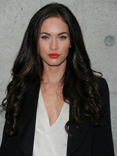 subtle highlights on dark hair brunettes-do-it-better