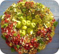 "Résultat de recherche d'images pour ""bloemen muur maken"" Apple, Fruit, Food, Apple Fruit, Essen, Meals, Yemek, Apples, Eten"