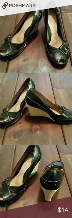 Aerosoles Black Wedge Shoes, Size 7.5 Like new, clean, cut out and buckle at toe detail, non-smoking home. AEROSOLES Shoes Wedges