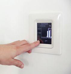 On gère la consommation de sa maison, sur écran 3,5 pouces. #domotique #énergie #MyHome