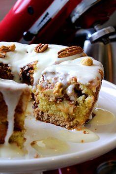 Receita de Bolo de Maçã e Canela Sweet Desserts, Sweet Recipes, Cake Recipes, Portuguese Desserts, Portuguese Recipes, Good Food, Yummy Food, Sweet Cakes, Yummy Cakes