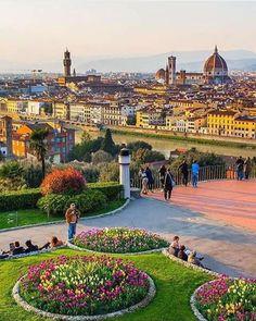Vista desde el mirador de Michelangelo's de la ciudad de Florencia, Italia.