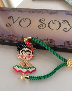 - My Recommendations Beaded Rings, Beaded Jewelry, Handmade Jewelry, Seed Bead Bracelets, Seed Beads, Brick Stitch, Bead Weaving, Fashion Bracelets, Beading Patterns