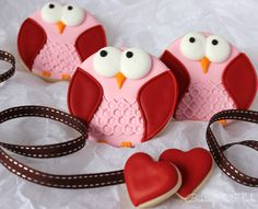 Valentine Day Owl Decorated Sugar Cookie Favors, Valentine's Day Treats, Valentine's Party, Owl Cookies, Pink Owls, Cookie Favors, Party by Bakinginheels on Etsy https://www.etsy.com/listing/175908975/valentine-day-owl-decorated-sugar-cookie