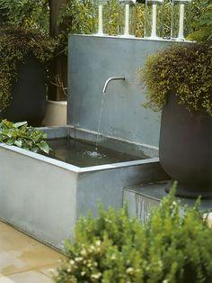 chute d 39 eau bassin de jardin bassin de jardin. Black Bedroom Furniture Sets. Home Design Ideas