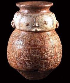 URNA FUNERÁRIA 400 a 1400 A.D. Cerâmica Marajoara; Ilha de Marajó