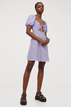 Kleid mit Puffärmeln - Helllila/Gingham-Karo - Ladies | H&M DE 2 H M Outfits, Casual, Dresses, Fashion, Lilac, Full Skirts, Short Gowns, Vestidos, Moda
