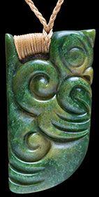 Jade Jewelry, Stone Jewelry, Jewelry Art, Polynesian Art, Polynesian Culture, Maori Tribe, Maori Patterns, Maori People, Maori Designs