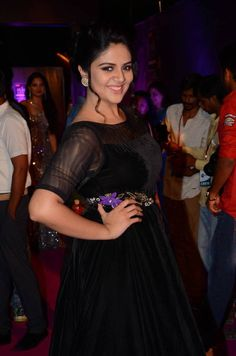 Glamorous Indian TV Model Actress Sreemukhi At Zee Telugu Apsara Awards Bollywood Wallpaper CHANDRA SHEKHAR AZAD - (23 JULY 1906 - 27 FEBRUARY 1931) PHOTO GALLERY  | PBS.TWIMG.COM  #EDUCRATSWEB 2020-07-22 pbs.twimg.com https://pbs.twimg.com/media/EAICUzWU8AAtmfC?format=jpg&name=small