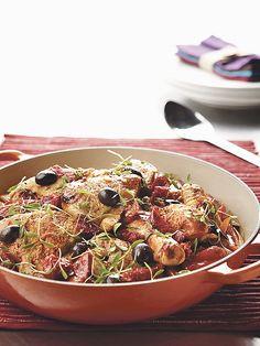 Korak po korak: Piletina s povrćem, rižom, maslinama i majčinom dušicom - www.dobra-hrana.hr
