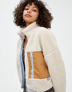 Faux shearling jacket featuring contrast zip and pocket details and a slightly high collar. Available in a range of colours. Pull & Bear, Indie Fashion, Fashion Outfits, Faux Shearling Jacket, Outerwear Women, Mode Style, High Collar, Pulls, Cute Outfits
