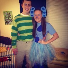 These Blues Clues BFFs. | 23 Ridiculously Clever Halloween Costumes Every TV Lover Will Want