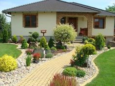 50 Amazing Front Yard Landscaping Ideas for You Try Vorgarten Front Garden Landscape, Landscape Design, Garden Design, Desert Landscape, Patio Design, Garden Paths, Front Yard Landscaping, Backyard Landscaping, Corner Landscaping Ideas