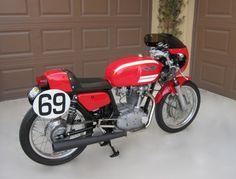 DucatiDesmoRacerSide1580.jpg