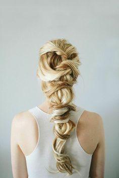 stunning twisted braid // zazumi.com