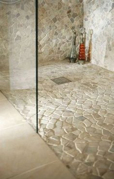 Great stone shower design The Most Useful Bathroom Shower Ideas There are almost uncountable kinds o Douche Design, Magical Home, Room Tiles, Wall Tiles, Wet Rooms, Bathroom Flooring, Bathroom Remodeling, Remodeling Ideas, Diy Flooring
