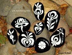 1175572_357426061055605_1134270791_n.jpg (960×742)...black and white designs