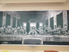 Japanese student Lupica's staggering blackboard art - The Last Supper Blackboard Art, Chalkboard Drawings, Chalk Drawings, Art Drawings, Rage Comics, Last Supper, Humor Grafico, Blackboards, Chalk Art