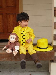 Man in the Yellow Hat Costume - home made with instructions