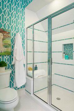 banheiro-colorido-azul-e-branco