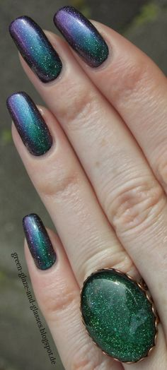 Green, Glaze & Glasses: Blue Friday - Picture Polish Illusionist