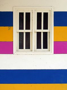 ✈ An Excellent Exterior Paint Job Using Ultramarine Blue, Sunflower Yellow, and Magenta Pink in San Juan del Sur, Nicaragua ✈ Colour Schemes, Color Combos, Color Patterns, Magenta, Candy Stripes, Color Stories, Windows And Doors, Color Inspiration, Interior And Exterior