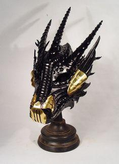 Bob Basset's Lair – Black leather and brass Dragon mask Steampunk Armor, Steampunk Costume, Steampunk Fashion, Alice In Wonderland Steampunk, Inspiration Drawing, Dragon Mask, Halloween Masquerade, Dragon Jewelry, Steampunk Accessories