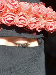 Hijab Niqab, Muslim Hijab, Mode Hijab, Hijab Outfit, Arab Girls Hijab, Muslim Girls, Muslim Couples, Stylish Hijab, Hijab Chic