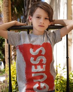 Cute Kids Fashion, Boy Fashion, Handsome Kids, Young Cute Boys, Teen Boys, Boys Jeans, Child Models, Beautiful Children, Little Boys