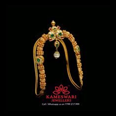 Gold Bangles Design, Gold Earrings Designs, Gold Designs, Vanki Designs Jewellery, Jewelry Design, Hand Jewelry, Gold Jewellery, India Jewelry, Bridal Jewelry