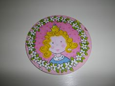 Coaster crafted with a recycled cd and a napkin / Posavasos hecho con un cd reciclado y una servilleta de papel