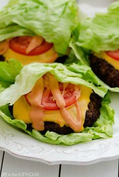 Keto Cheeseburger Lettuce Wraps Tthese Amazing Keto Meal Prep Recipes to help you get started on a keto life-style or to give you new inspiration if you're already doing it. We have included keto breakfast, lunch, and dinner recipes, plus a few snacks. Low Carb Recipes, Diet Recipes, Healthy Recipes, Simple Recipes, Diet Tips, Simple Keto Meals, Best Lunch Recipes, Delicious Recipes, Salad Recipes