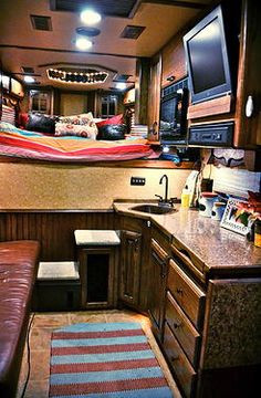 3 Tips to Create a Cozy Trailer Round Pens For Horses, Rodeo Girls, Trailer Interior, Rodeo Life, Rv Makeover, Small House Decorating, Trailer Remodel, Fancy Cars, Horse Trailers