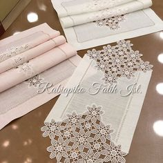 Dining Table Cloth, Lace Patterns, Crochet Motif, Diy And Crafts, Knitting, Handmade, Runners, Stampin Up, Crochet Table Runner